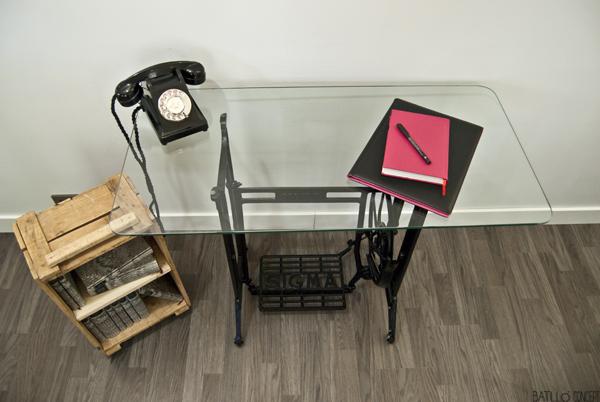 vintage-desk-batlloconcept