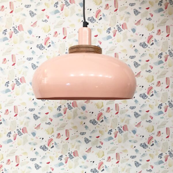 lámpara de techo rosa