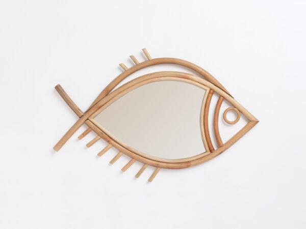 espejo con forma de pez